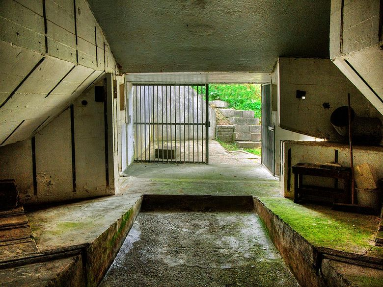 De Duitse Bunker Type 700_003 - De Duitse Bunker Type 700 is voor zover bekend alleen op Wachcheren<br /> gebouwd en waarschijnlijk de laatste van de