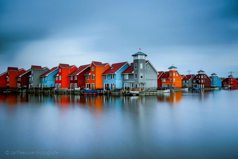 Reitdiephaven - Reitdiephaven een prachtige plek die je als landschaps- of architectuurfotograaf gefotografeerd moet hebben.
