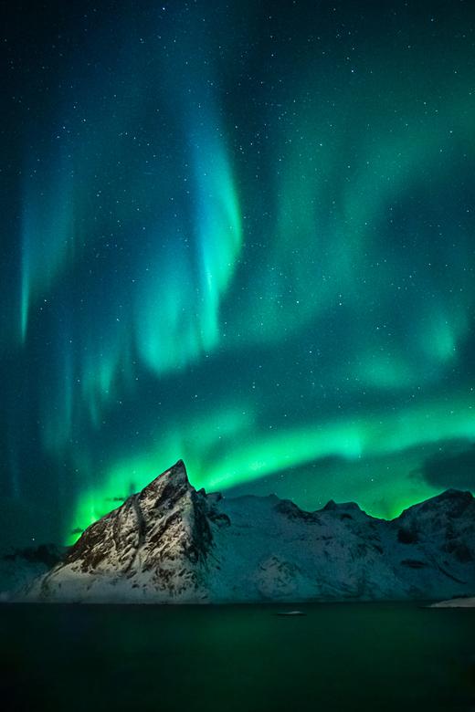 noorwegen - Het magische noorderlicht op de Lofoten.