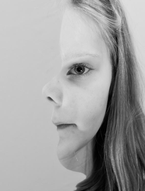 Britt-Dubbel - Foto omdat we bezig waren met een mindfuck opdracht