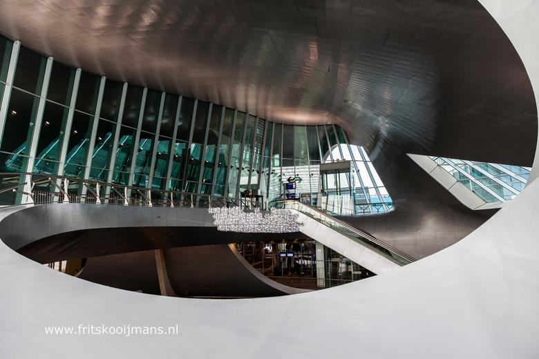 Doorkijkje centraal station Arnhem - 20160305 1887 Doorkijkje centraal station Arnhem