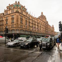 Londen - Knightsbridge - Brompton Rd - Harrod Warenhuis