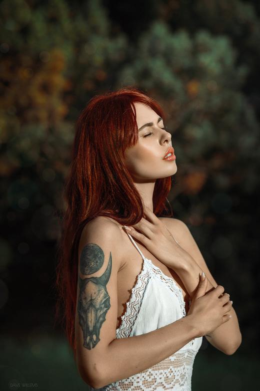 Natalia - Een Outdoor Portret van Natalia<br /> <br /> https://www.instagram.com/davewillemsphotography<br /> https://www.facebook.com/DaveWillemsP