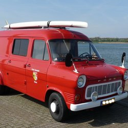 P1440319 Maassluis  Ford Transit 130   uit 1975   20april 2017