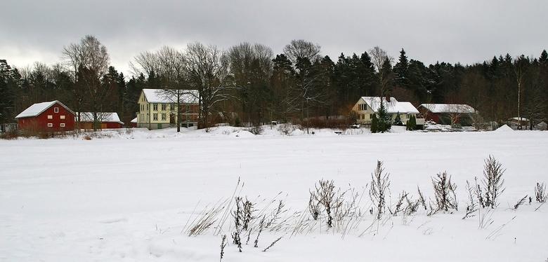 Landgoed   - Dit landgoed (eik gård)ligt in onze woonplaats Stathelle. Het is gebouwd in de 19e eeuw en na de restauratie in de authentieke stijl teru