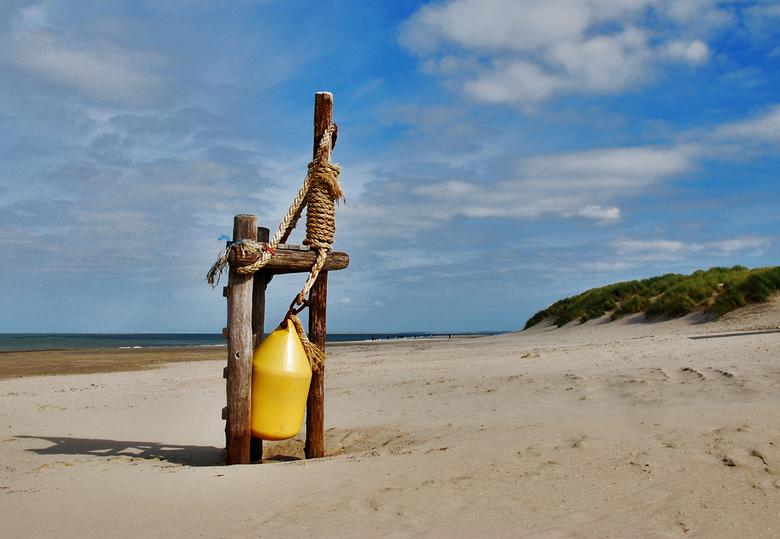 Boei - Strand bij Renesse