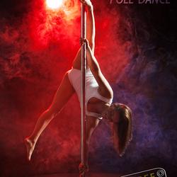 Suzanne Pole Dance