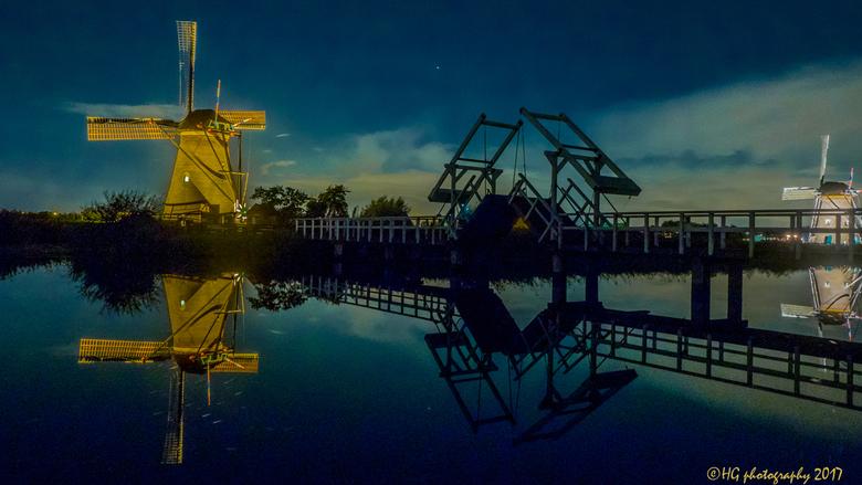 Lightweek at the mills of Kinderdijk