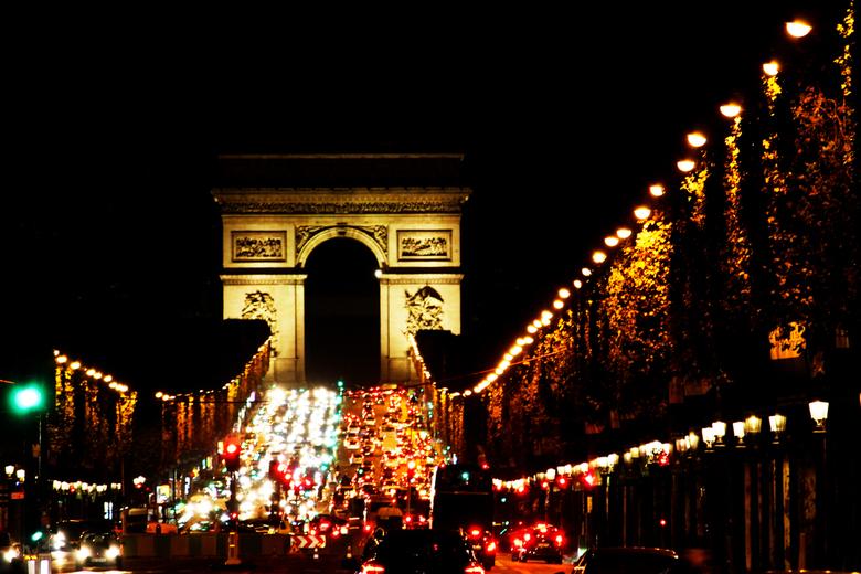 Drukte voor de Arc de Triomphe in Parijs - Drukte voor de Arc de Triomphe in Parijs