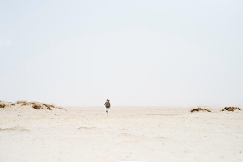 minimalismemist  - Het beeld was zo minimalistisch en toen mijn dochter daar op ontdekking ging maakte dat het plaatje