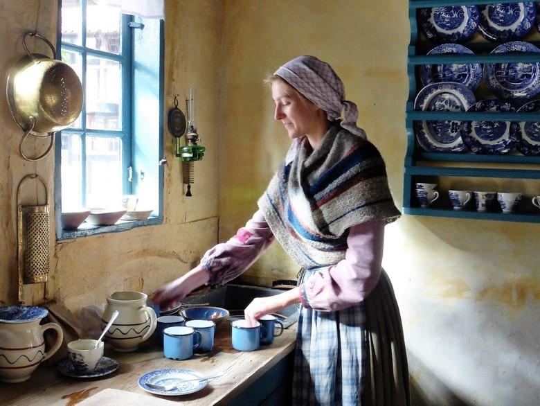 """Deens  - mijn versie van """"het melkmeisje van Vermeer""""  gemaakt in Denemarken"""