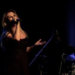 Petra Berger theatertour 'Tribute to Barbra Streisand'
