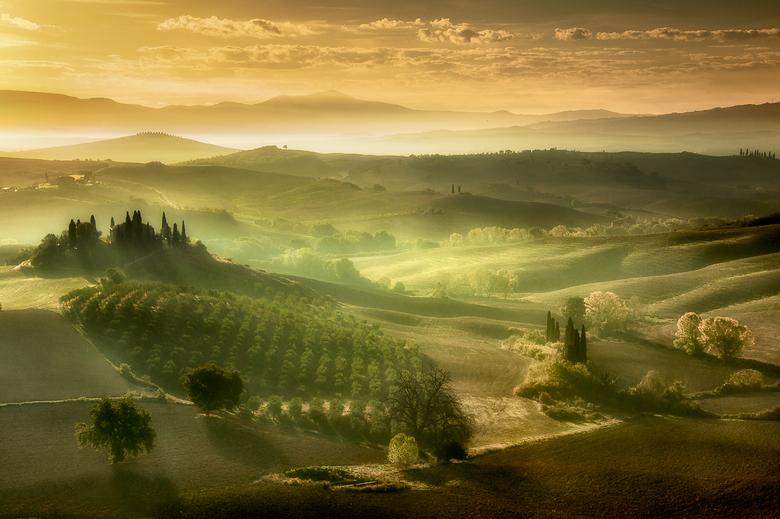 Zonsopkomst in Toscane.