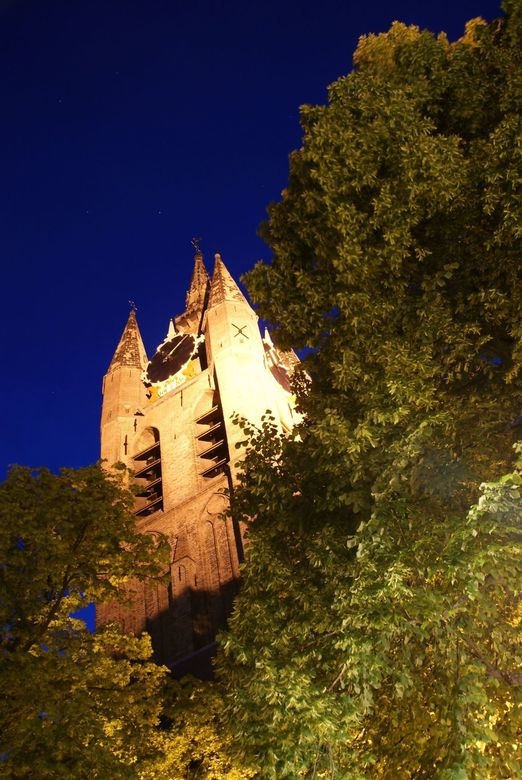 de oude kerk Delft  - Oudekerk toren verlicht