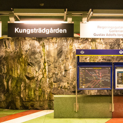 Stockholm - Metro (Tunnelbana) - Kungstradgarden
