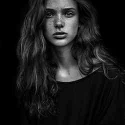 Portrait of Sara