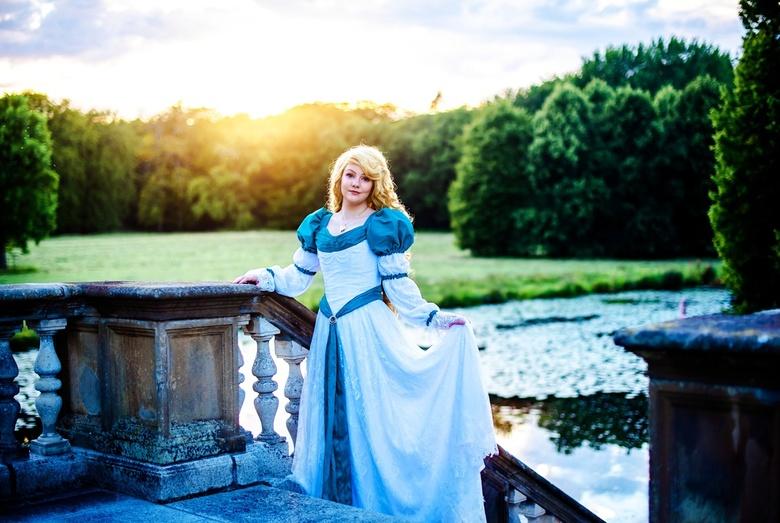 1 (7)1596826130161 - Prachtige Amber (camilla.cos op instagram) als zwanenprinses Odette. Ze heeft haar jurk helemaal zelf gemaakt.<br /> .<br /> .<