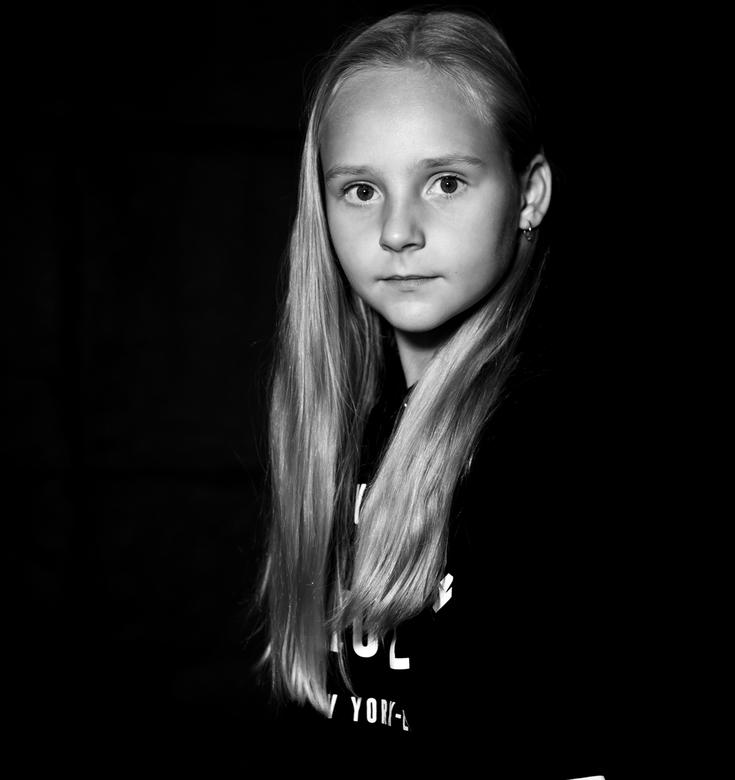 portret - Mijn nichtje in de fotostudio
