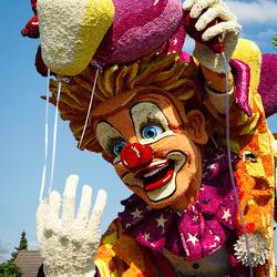 We hangen de clown uit