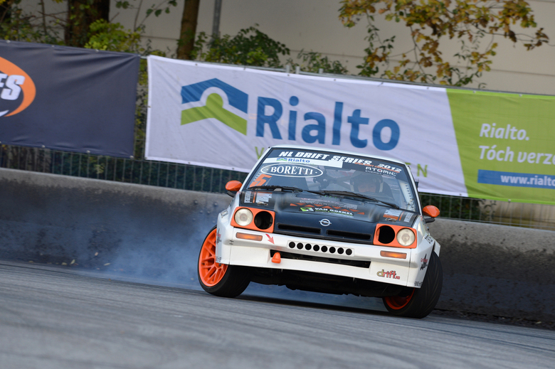 drift 2 - auto tijdens de open nl drift