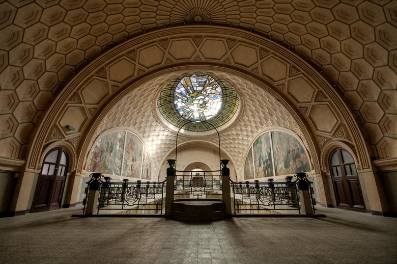 Théâtre abandonné - Deze prachtige locatie staat al lang op mijn wensenlijstje en vorige week heb ik hem eindelijk kunnen bezoeken. Dit theater is ong