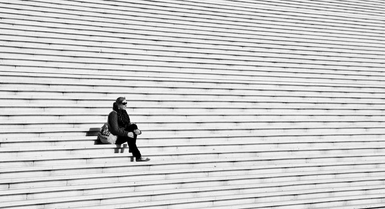 alone - eentje van parijs.