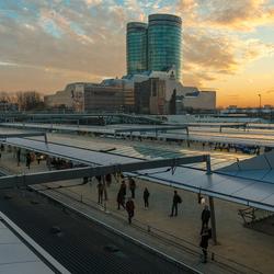 Zon gaat onder op Utrecht Centraal