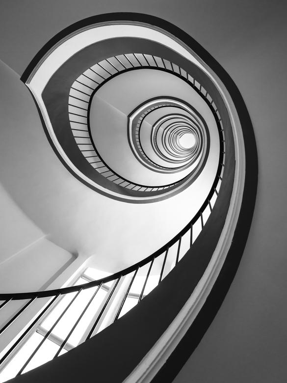 Neverending - Een van de mooiste spirals die ik ooit zag, er zijn er twee van, een gele en een blauwe. Tot op heden nooit de blauwe afgewerkt, hoewel