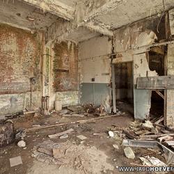 Verlaten gebouw (I)