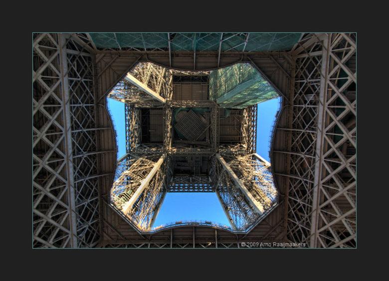 Parijs Tour Eiffel2 - Enkele foto's van deze massa metaal.