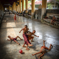 Voetbal monniken