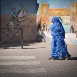Vrouw in blauw