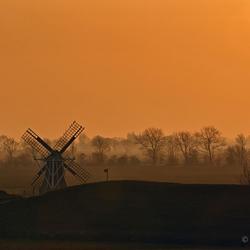 Lauwersmeer Dijk Bij Zonsondergang