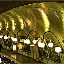 Metro Cité in Paris