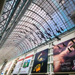 shoppingmall_toronto3