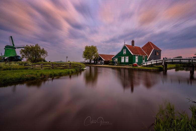 A beautiful morning by the Zaanse Schans