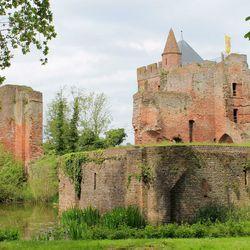 Ruine van Brederode in Santpoort