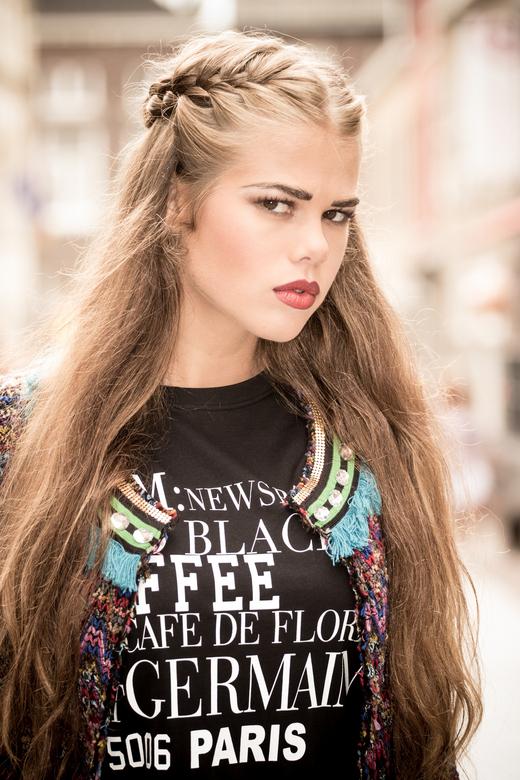 Model Bo - Model fashion shoot gedaan in Roermond inclusief visagie en styling.