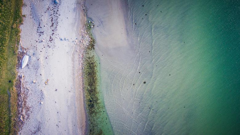 Drone strand