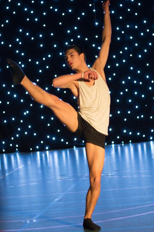 Just Dance - Gefotografeerd bij een voorstelling van Dance Studio Bennekom
