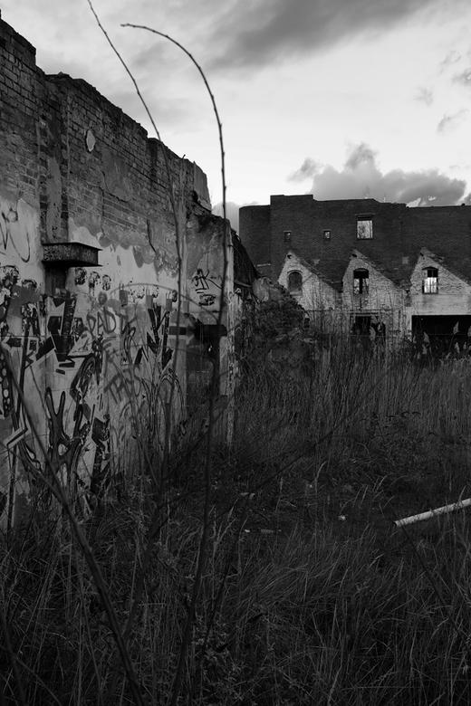 Decay - Apocalyptisch aandoende omgeving in Eindhoven