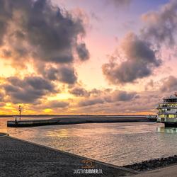 Teso haven en zonsondergang op Texel.