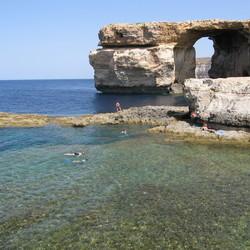 blue window op Gozo