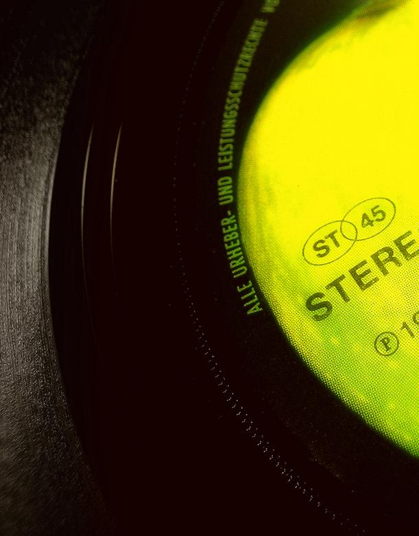 Apple Records - een duitse persing zie ik in een flits, er komt snel een orginele