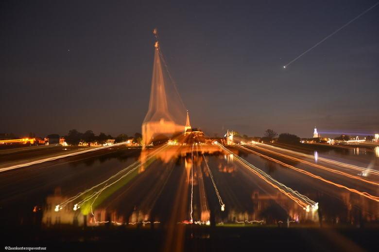 Kampen Lightline  - Geen bewerking recht uit de camera !<br /> De skyline van Kampen was het experiment!! <br /> <br /> Bedankt voor de reactie op