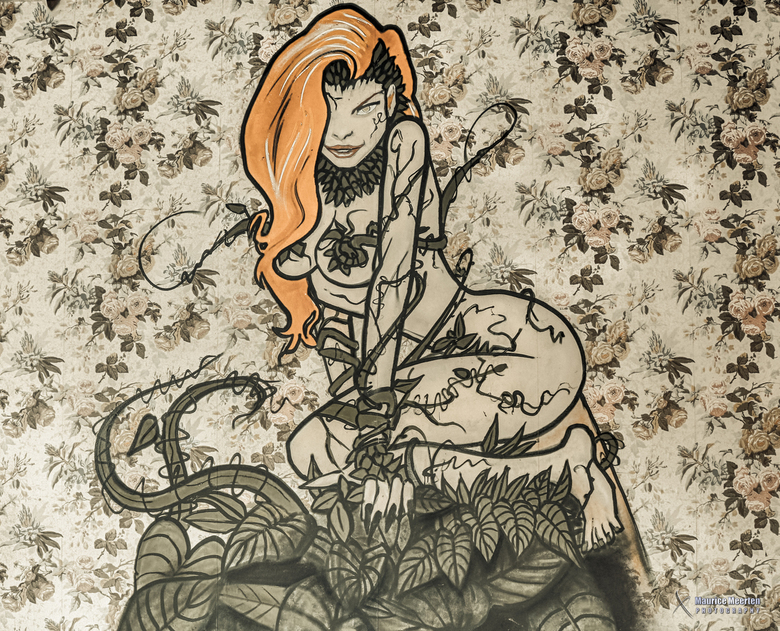 Poison Ivy graffiti