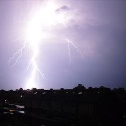 Onweer tijdens storm