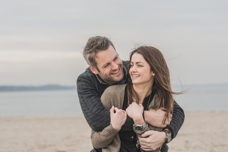 you + me + aWEsome - loveshoot op het strand