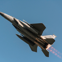 F15 straaljager tijdens Frisian Flag