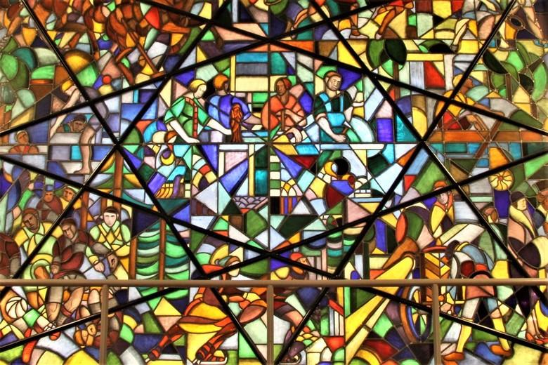 Glas in loodraam 3 - Raam 3 van het trappenhuis van de bijenkorf in de haag-haag <br /> Gtjs. AJ62